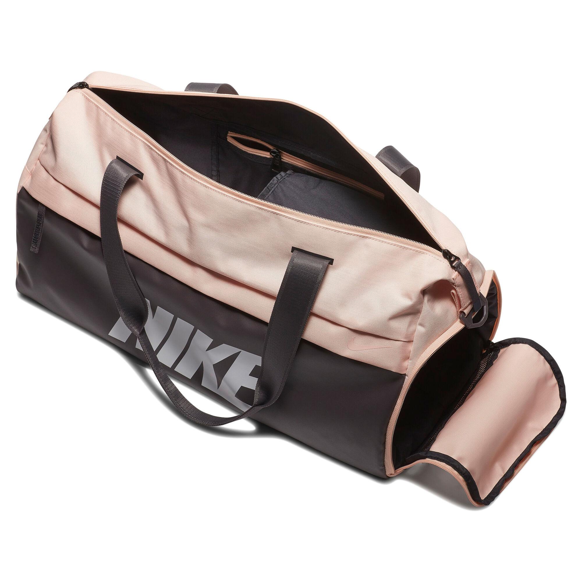 4d82c04c1919a Nike Radiate Graphic Club Duffel Sporttasche - Rosa