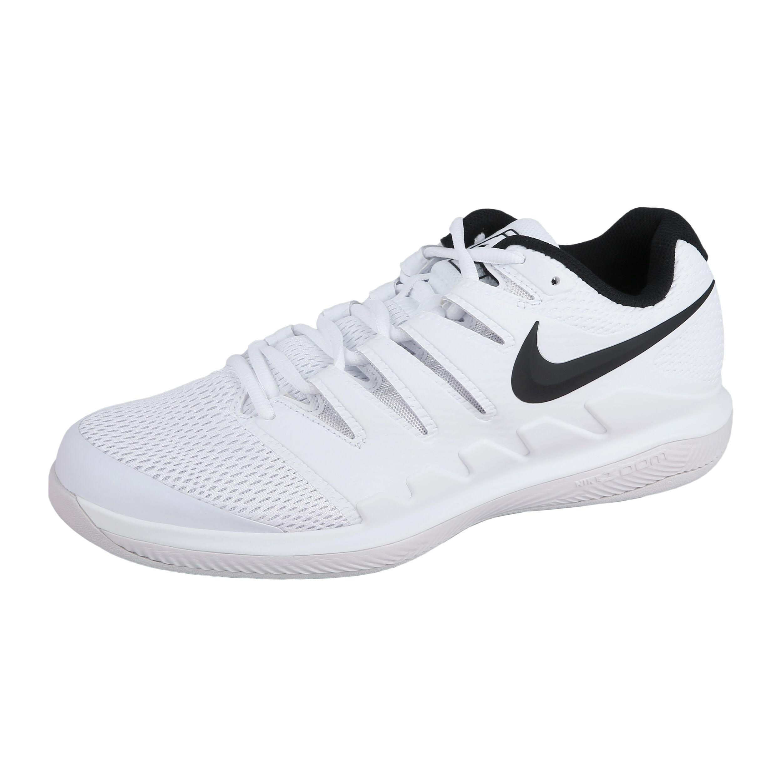 16 Nike Tennisschuhe Herren Teppich Neu  